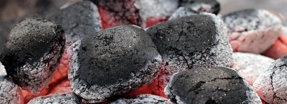charcoal-2396754_1920.jpg