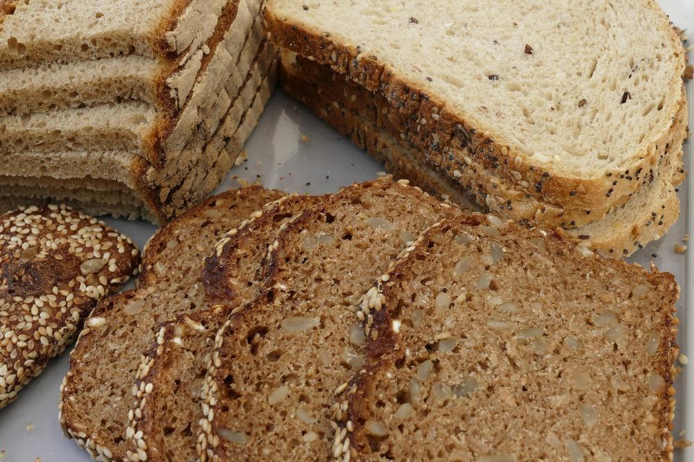 bread-slices-2568304_1920.jpg